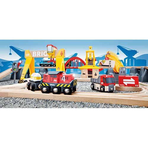 Brio Cargo Railroad Deluxe Set